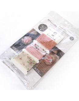 Hamanaka H902-308 Laco Lab Lace Ruffle Pom Pom kit