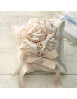 Clover 69-706 Rose Bouquet Ring Pillow Sewing Kit