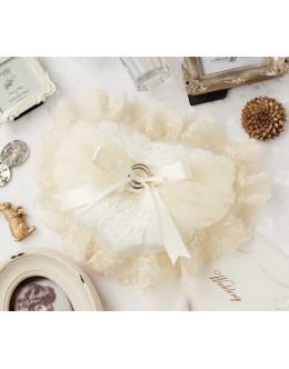 Hamanaka H431-142 Lace Heart Ring Pillow Sewing Kit